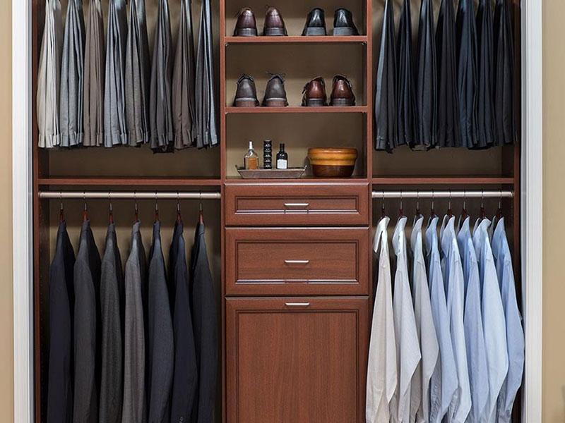 Reach In Closet