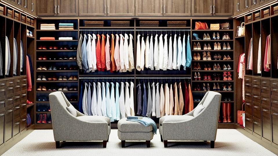 Organize A Closet in Toronto
