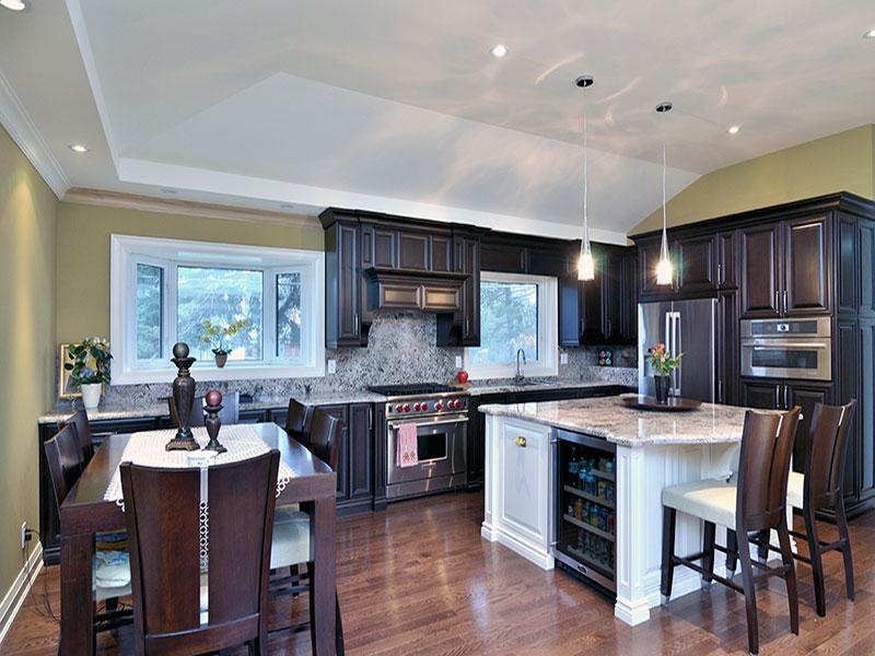 Kitchen Pantry & Cabinets