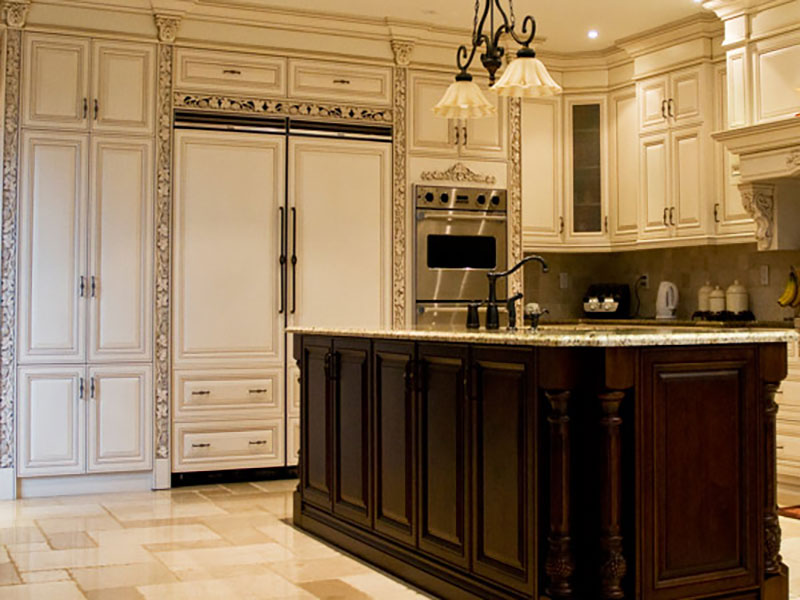Kitchen Pantry & Cabinets