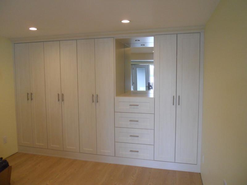 Custom Cabinets Oakville