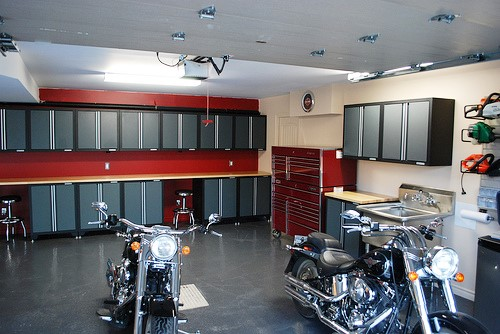 Custom Garage Shelving Toronto