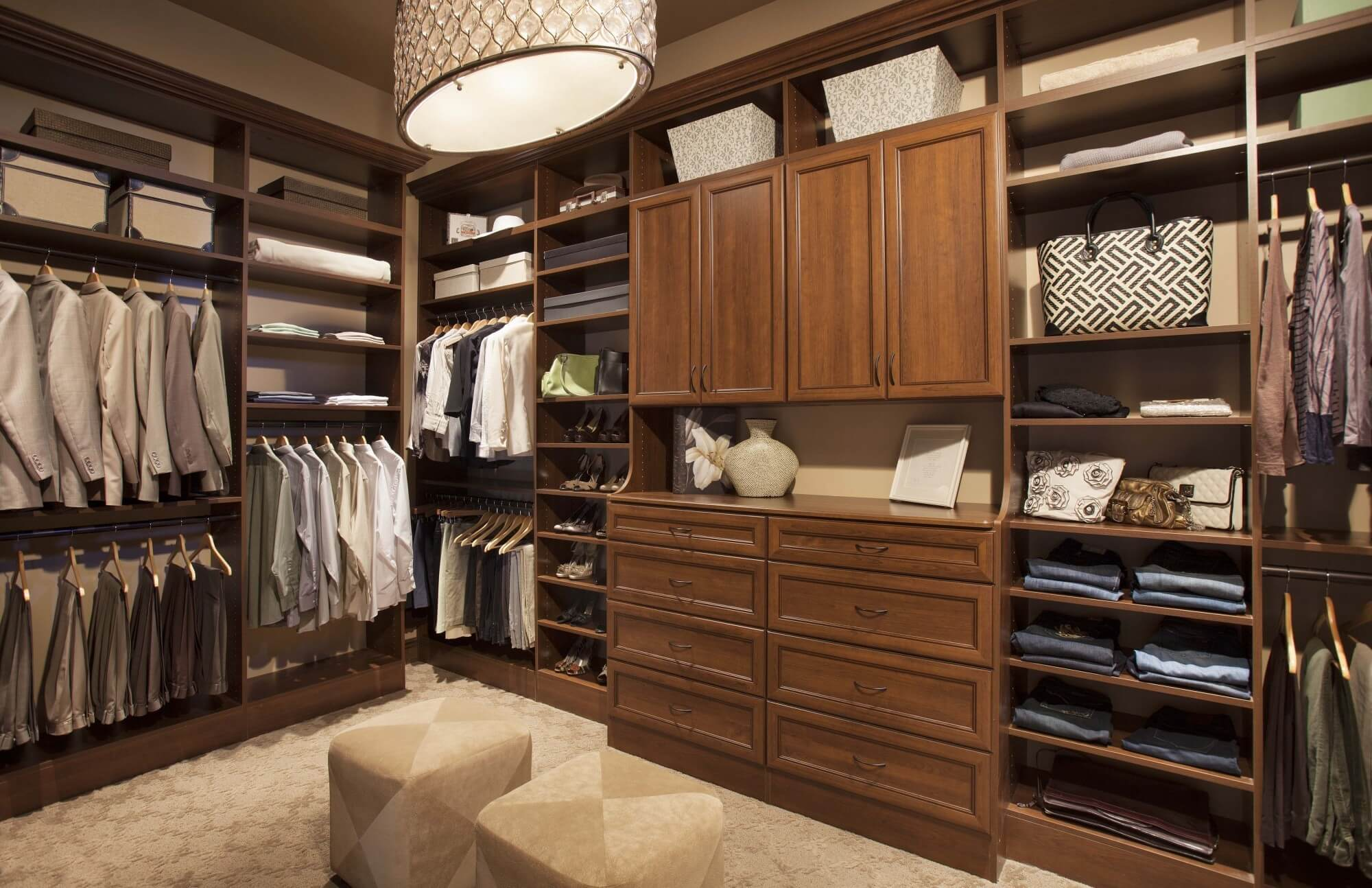 Walk in Custom Closet Toronto
